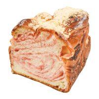 あまおうのマーブルパン260円