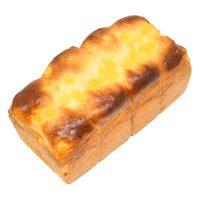 【季節のパン】りんご食パン一本260円/ハーフ140円