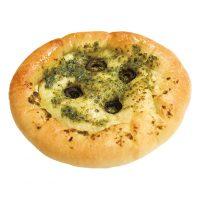 ボタンのフォカッチャ150円フォカッチャ生地でジェノベーゼソースと風味豊かなオリーブでピザに。耳の部分にはチーズがたっぷり!