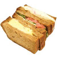 ■テーマのパン■ライ麦パンのサンド260円