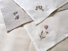 刺繍ハンカチ