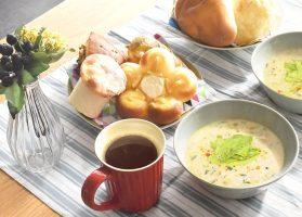 ポークミンチとキャベツのピリ辛豆乳スープ