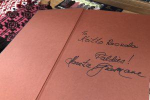 おまけ。 マルタ先生の著書「ラトビアのミトン」にサインいただきました♪