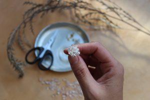 水晶の耳飾り作り