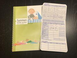 母子健康手帳変わりの予約表と冊子