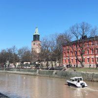 Turku(トゥルク)市を流れるアウラ川沿いにて